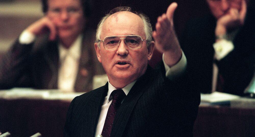 ميخائيل غورباتشوف عام 1991