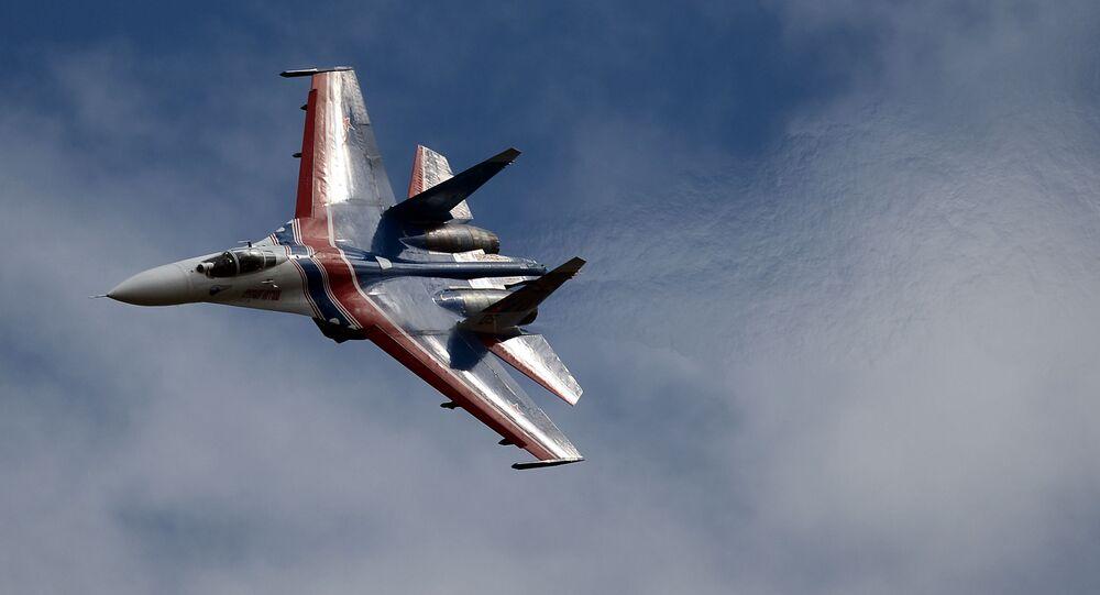 مقاتلة سو-27