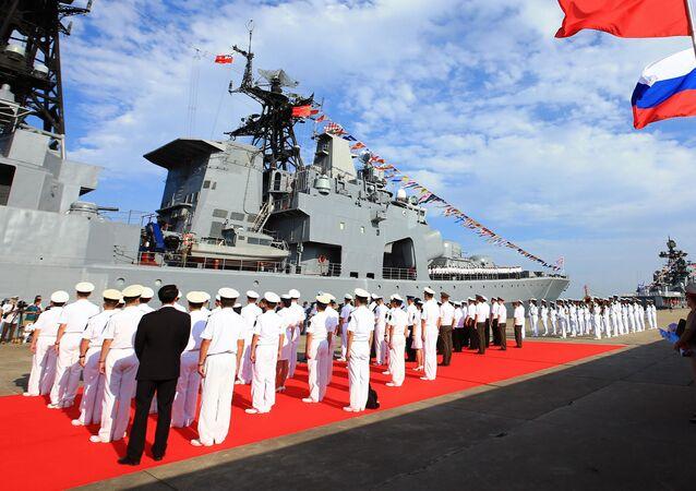 مناورة التعاون البحري 2016 بين روسيا والصين