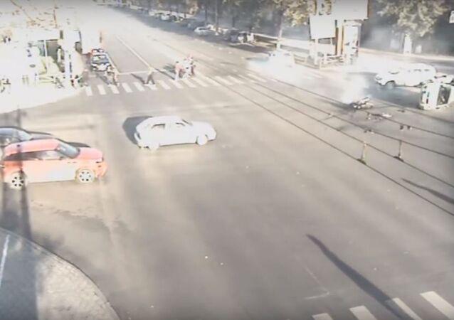 حادث لم يترك أي فرصة للحياة لسائق الدراجة النارية