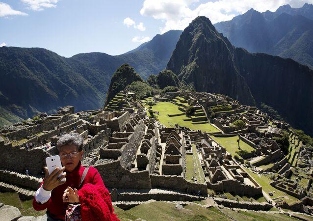 اليوم العالمي للسياحة - مدينة ماتشو بيتشو الأثرية في بيرو.