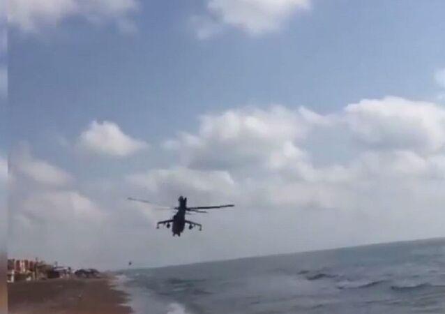 مروحية تحلق فوق الساحل السورى