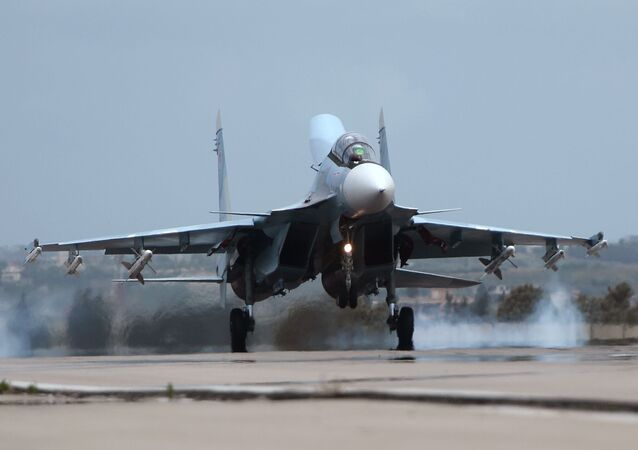 مقاتلة سو-30 فى سوريا