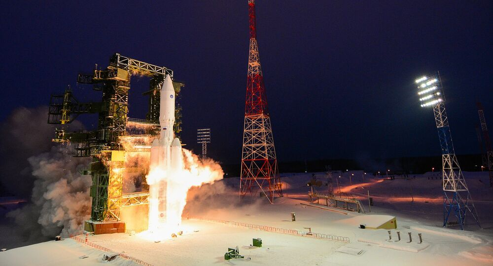 إطلاق الصواريخ الثقيلة أنغارا-أ5 من مركز بليسيتسك، إقليم أرخانغلسك.