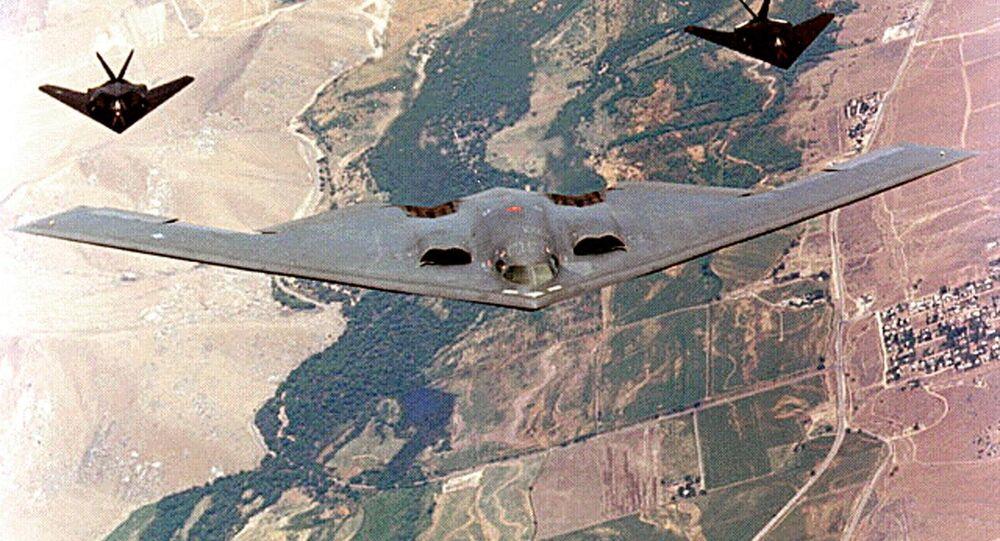 قاذفة القنابل بي-2 سبيريت