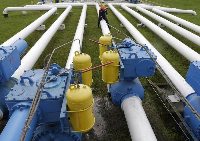 روسيا تقرر إلغاء اتفاقية التعاون مع أوكرانيا في مجال استخدام منتجات النفط