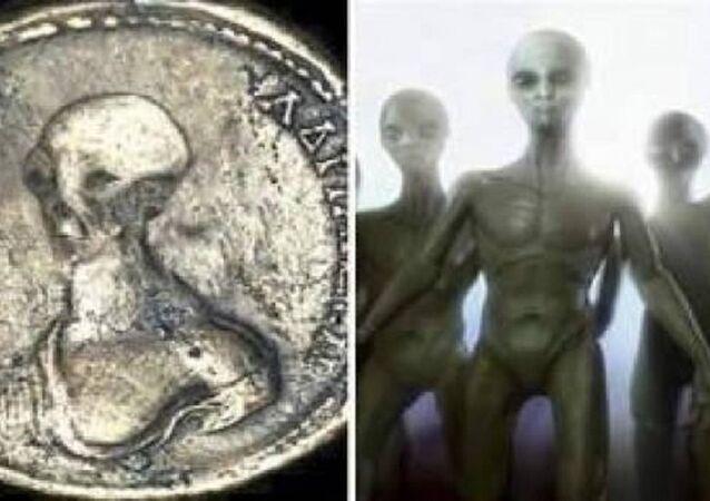 العثور على قطع نقدية تحمل نقش المخلوقات الفضائية في مصر
