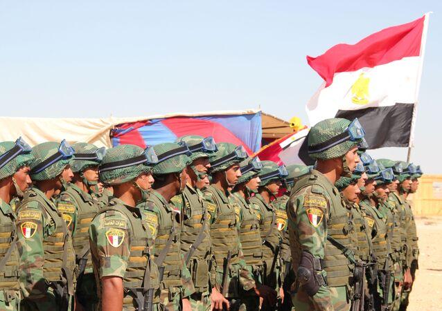 جنود مصريين خلال تدريبات مكافحة الإرهاب المصرية الروسية حماة الصداقة 2016