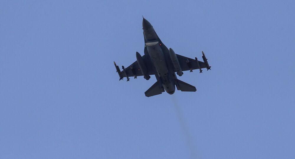 طائرة تابعة لسلاح الجو التركي