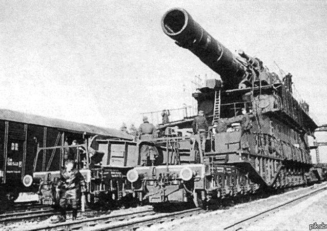 مدفعية السكة الحديدية دورا