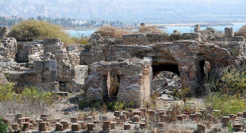 الآثار الرومانية  في المدينة الفينيقية القديمة من مدينة صور، لبنان