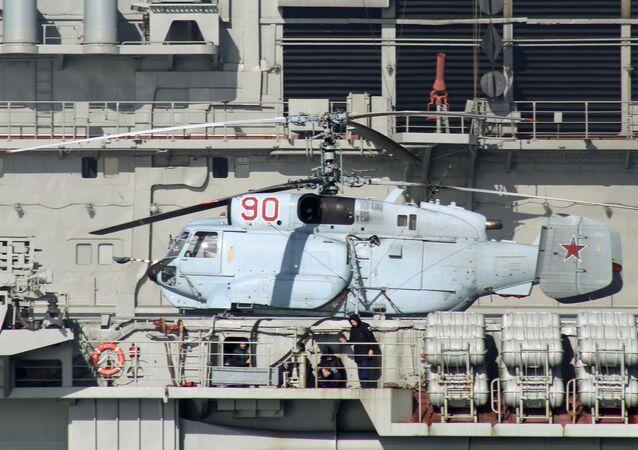 مروحية كا-31أر على متن حاملة الطائرات الروسية الادميرال كوزنيتسوف
