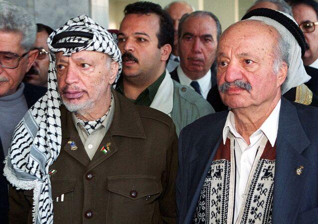 قائد حركة فتح الفلسطينية ياسر عرفات