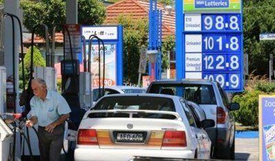 جورج عنداري يوزع الوقود احتفالاً بالعماد ميشال عون