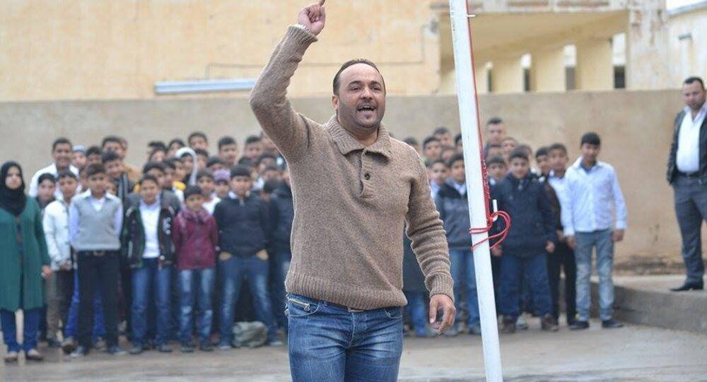 رسول للرسم يُحقق معجزة في مدرسة عراقية