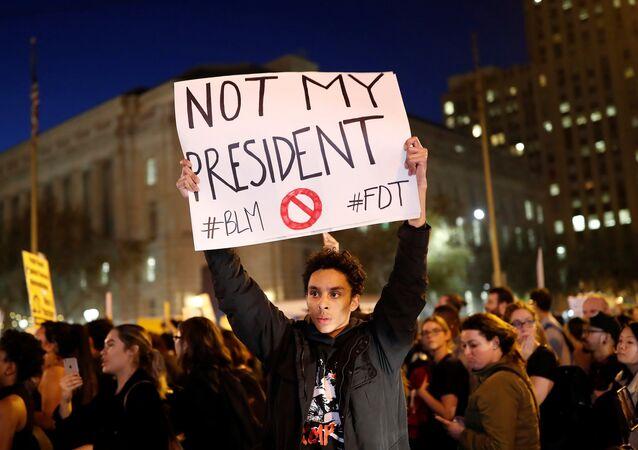 احتجاجات مناهضة لترامب