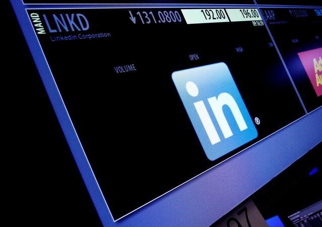 موقع LinkedIn