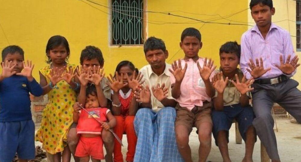 عائلة هندية غريبة