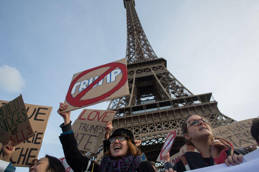 احتجاجات ضد الرئيس الأمريكي المنتخب دونالد ترامب في باريس، فرنسا