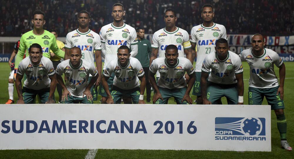 فريق شابيكوينسي البرازيلي الوطني لكرة القدم، خلال مباراة ضد الفريق الأرجنتيني سان لورينزو في ملعب بيديغين في بوينوس آيرس، الأرجنتين 2 نوفمبر/ تشرين الأول 2016