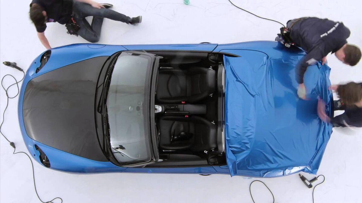 شاهد كيف يمكن وبسرعة تغيير لون السيارة بدون إعادة طلائها Sputnik Arabic