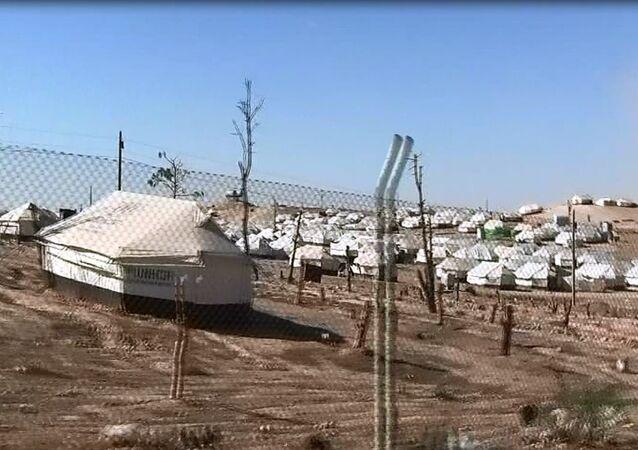 : آلاف العراقيين يلجأون إلى سوريا هرباً من داعش