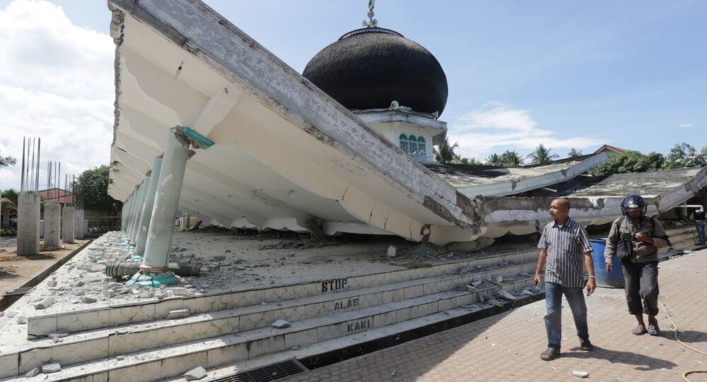 زلزال يضرب بيدي جايا بإندونيسيا