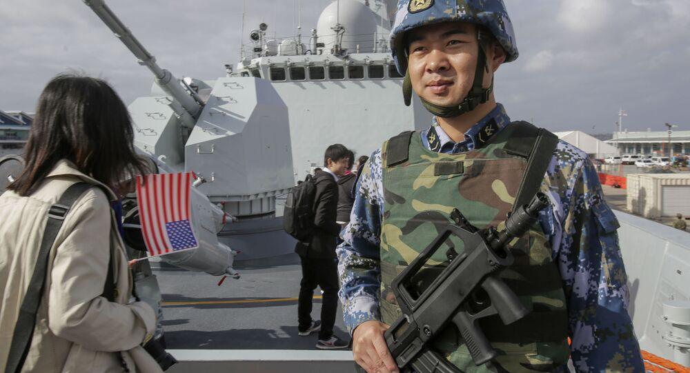 القةات البحرية الصينية على متن فرقاطة صينية يانتشينغ في سان دييغو، الولايات المتحدة 6 ديسمبر/ كانون الأول 2016