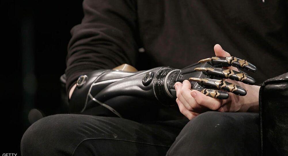 يد روبوتية