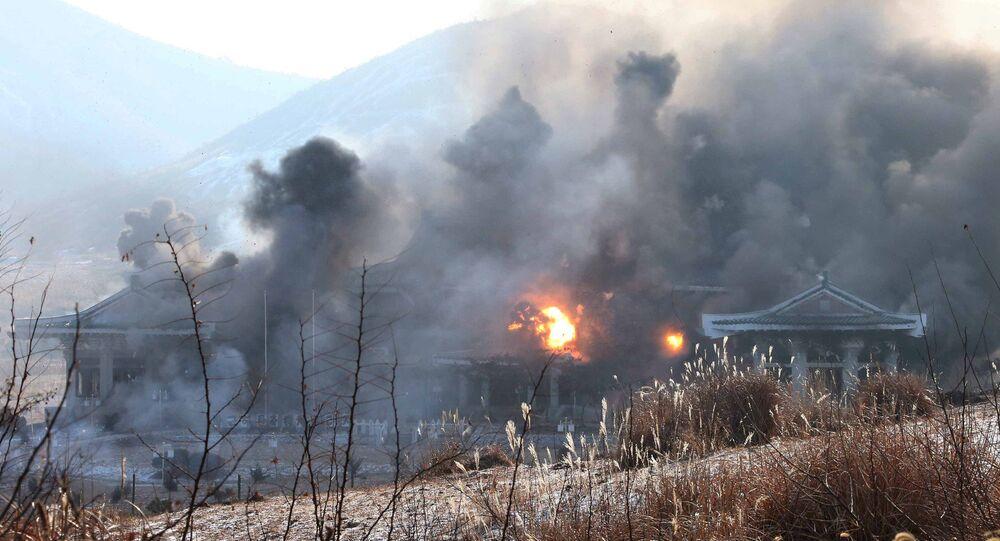 الجيش الكوري الشمالي يهاجم البيت الأزرق