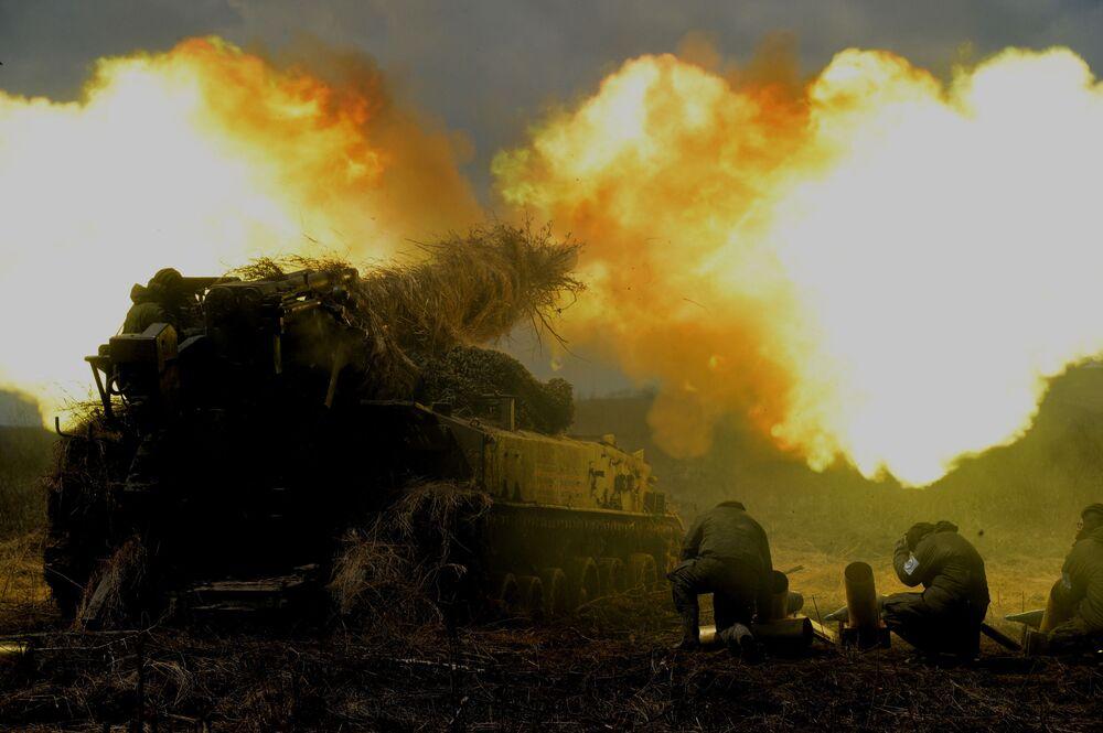 مناورات متنوعة لقوات الجيش الميداني التابعة للمنطقة الشرقية الروسية