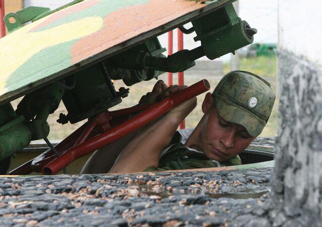 جندي من قوات الصواريخ الإستراتيجية الروسية