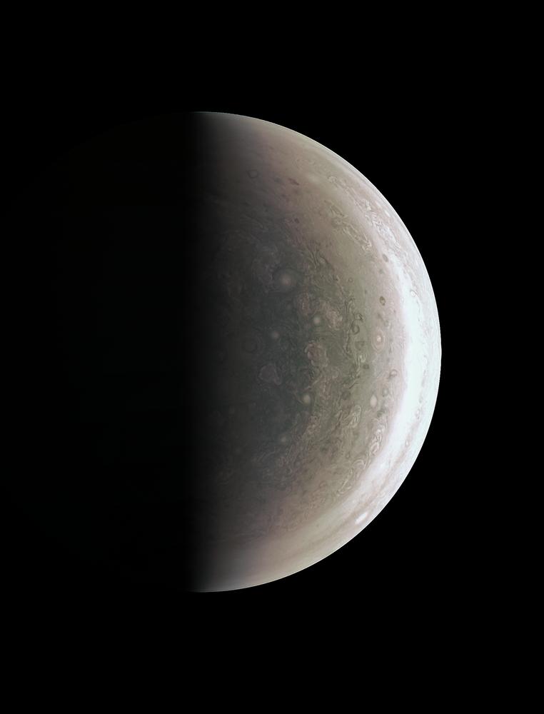 صورة لكوكب المشتري من قبل جهاز جونو