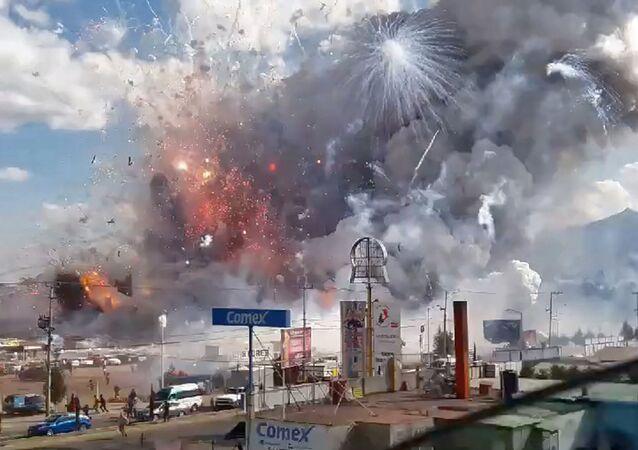 انفجار في سوق الألعاب النارية