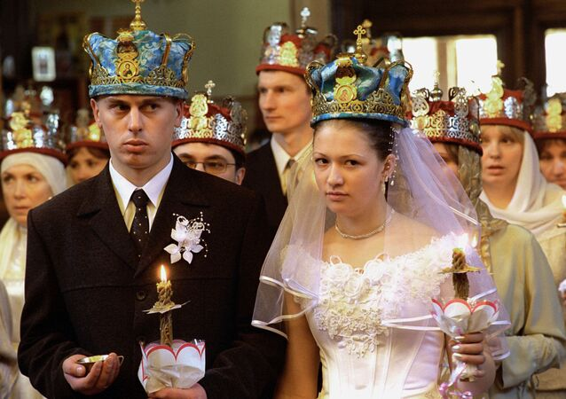 Dowries, bride prices and other marriage traditions from the peoples of the former USSR