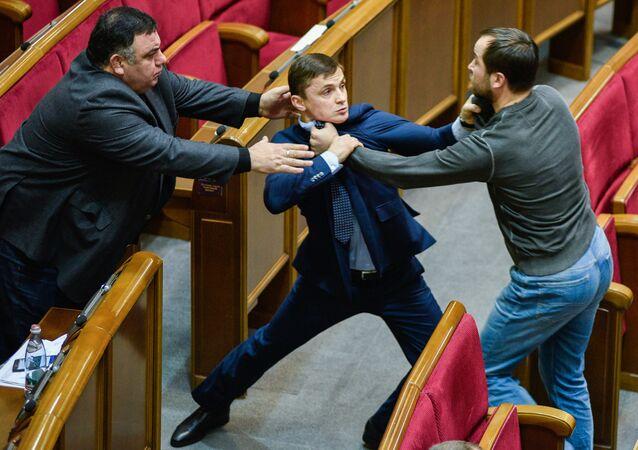 شجار في البرلمان الأوكراني في كييف