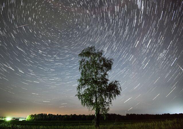 نجوم في السماء