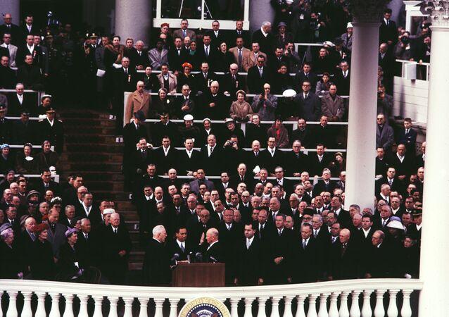 مراسم تنصيب الرئيس الأمريكي دوايت أيزنهاور (الرابع والثلاثون)، واشنطن يناير/ كانون الأول 1957