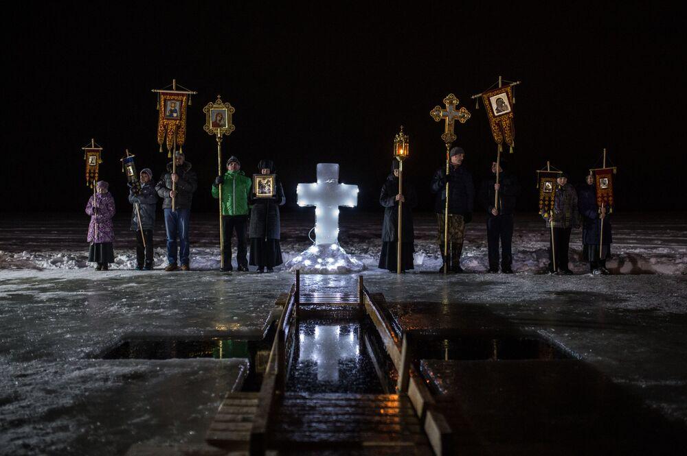 عيد الغطّاس في أوستاشكوفو بمقاطعة تفيرسكايا