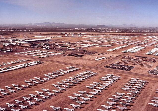 قاعدة ديفيز-مونثام الجوية