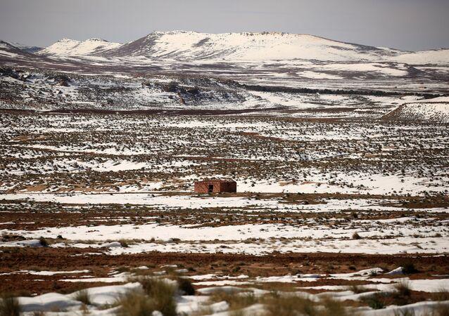 ثلوج تغطي الأطلس الصحراوي في شرق الجزائر، 25 يناير كانون الثاني 2017