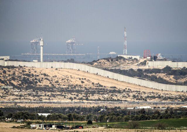 الجدار الفاصل على الحدود بين إسرائيل وقطاع غزة، 7 فبراير/ شباط 2017
