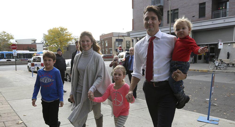 رئيس الوزراء الكندي جاستن ترودو برفقة زوجته وأطفالهما