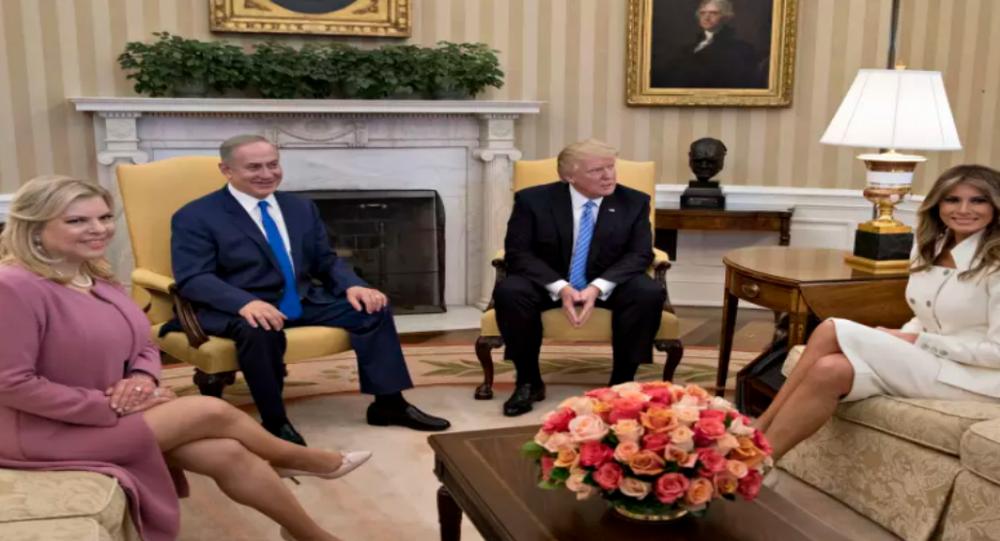 ترامب وميلانيا خلال استقبال نتنياهو وزوجته سارة