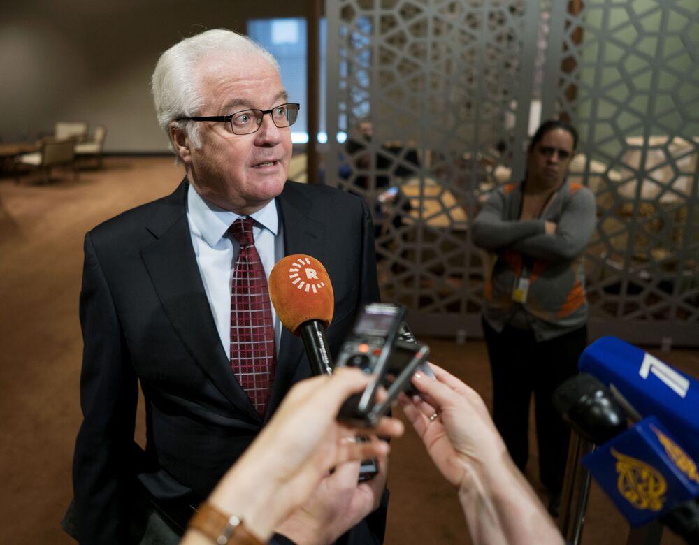 ممثل روسيا الدائم لدى الأمم المتحدة فيتالي تشوركين يتحدث إلى الصحفيين في مجلس الأمن بعد مناقشة أوضاع حلب بسوريا، نيويورك، 18 ديسمبر/ كانون الأول 2016