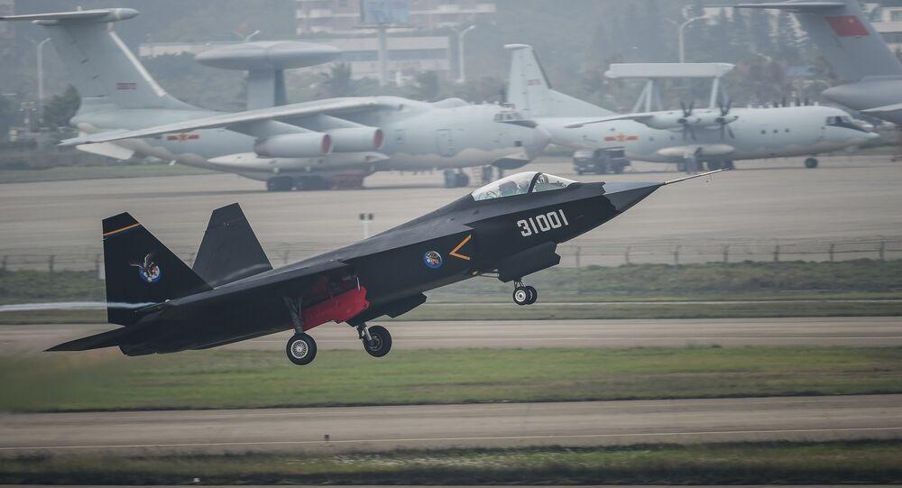 المقاتلة الصينية جي-31 ( J-31)