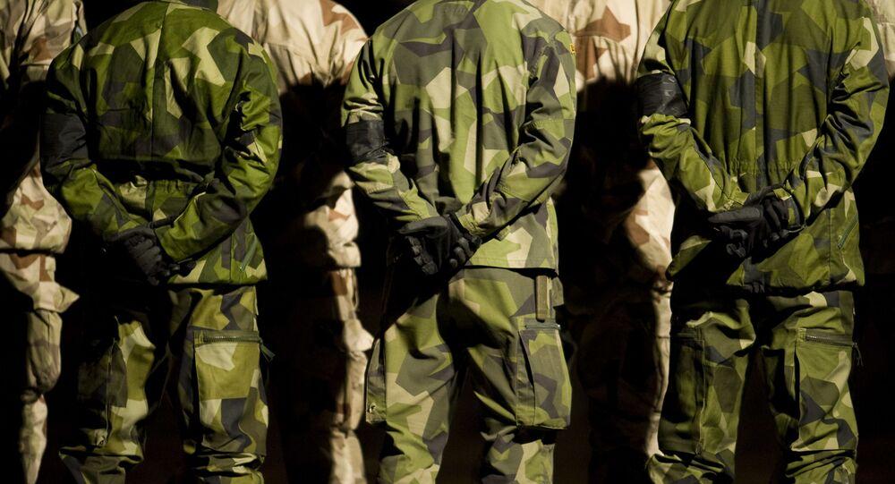 جنود الجيش السويدي