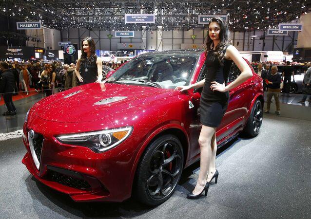 معرض جنيف للسيارات - Alfa Romeo Stelvio
