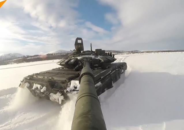 أسطول الشمال يستعدون لسباق بياتلون الدبابات لعام 2017