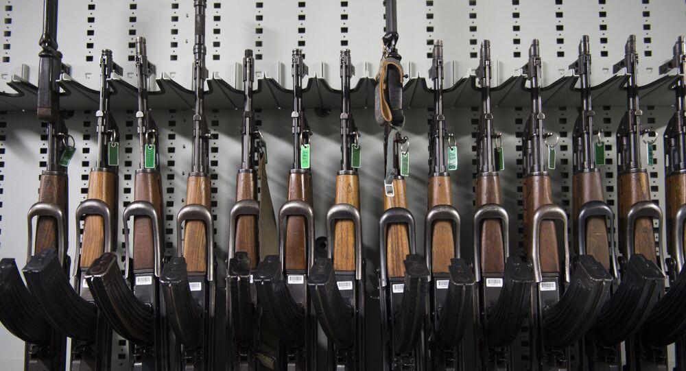 بندقية كلاشنكوف AK 47